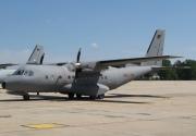 CN-235