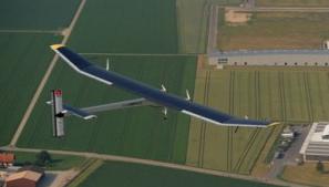 El Solar Impulse en vuelo