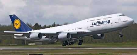 lufthansa_747-8i
