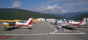 Aviones ligeros en el aeropuerto Pirineus - La Seu d'Urgell