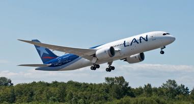 Uno de los últimos aviones entregados es este 787 de LAN Chile