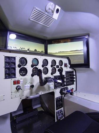 Interior del simulador OVO-04