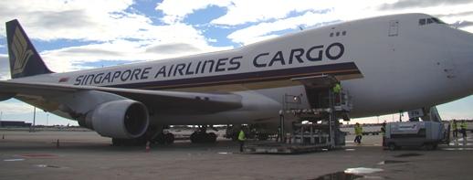 Imagen del Boeing 747 de Singapore Cargo en el aeropuerto de Barcelona - El Prat / Foto: Aena Aeropuertos
