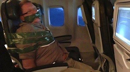 Imagen pasajero Icelandair inmovilizado
