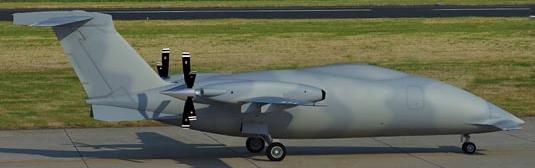 El P.1HH, en una base aérea italiana no precisada por el fabricante, el pasado 12 de febrero / Foto: Piaggio Aero Industries