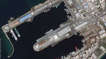 Foto del Puerto de Suez (Egipto) captada por Pleiades / Foto: Astrium