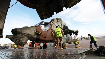 Los transportó un Antonov An-124 / Foto: Ministerio de Defensa