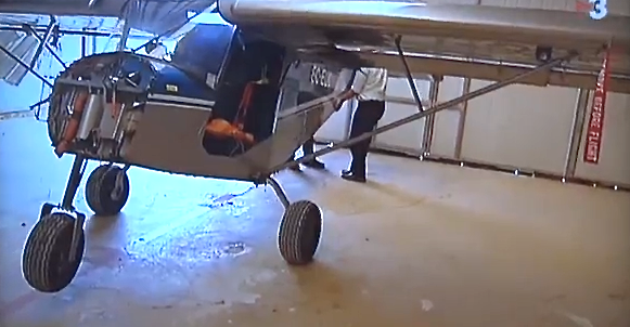 Uno de los ultraligeros cuyo motor ha sido robado / Foto: Vídeo YV3