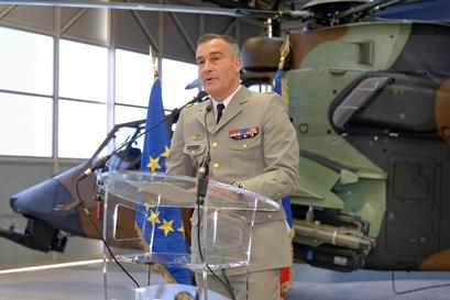 El generl Le Motte, responsable de las Fuerzas Aéreas de Francia