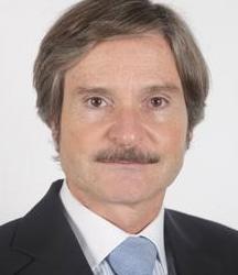 El senador Jaime Matéu