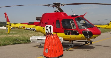 Uno de los helicópteros es este con llamativos colores