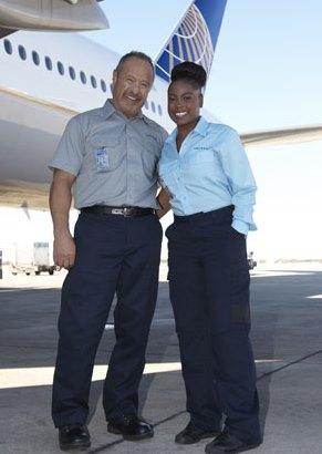 Uniforme del personal de tierra / Foto: United