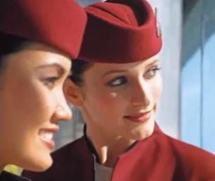 Tripulantes de cabina de pasajeros de Qatar Airways