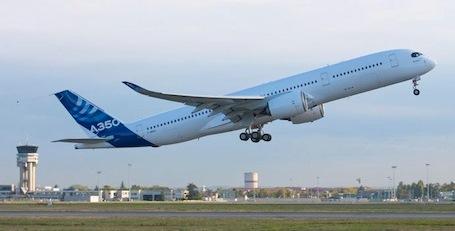 El segundo A350, hoy al iniciar su primer vuelo / Foto: Airbus