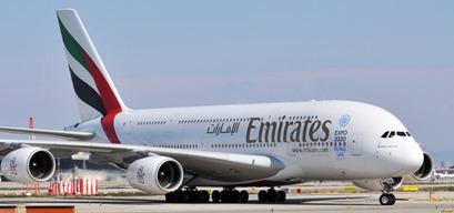 A380 de Emirates, en el aeropuerto de Barcelona
