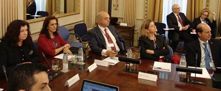 A la izquierda de la imagen Carmen Librero e Isabel Mestre