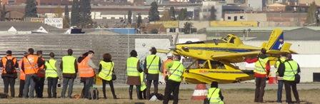 Al igual que en 2012, uos 30 spotters accideron al campo de vuelo para tomar fotos