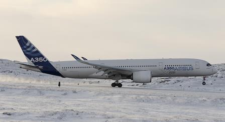 El A350, en Iaqluit (Canadá)