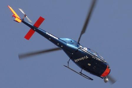 Seguramente este fue el helicóptero que sufrió el ataque. La foto se tomó el 16-2-2014 cuando sobrevolaba Santa Susanna / Foto: JFG