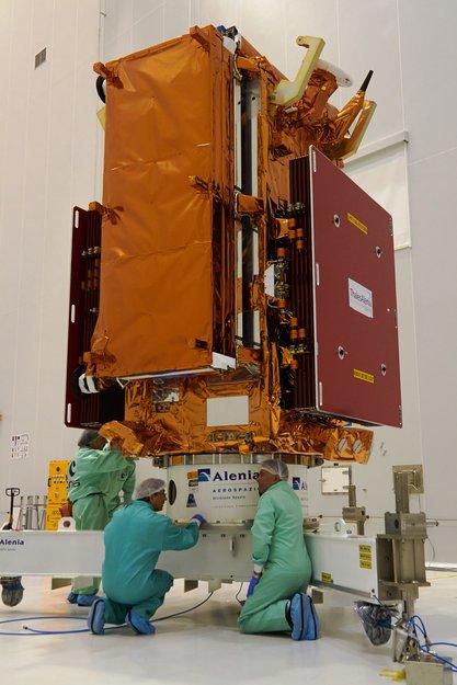 El Sentinel-1A completamente cargado