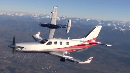 Los winglets y el cono delantero son las modificaciones más visibles