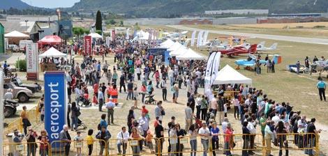 Imagen del aeródromo, con mucho público