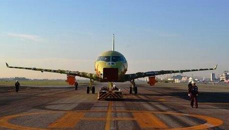 El MRJ90 registra por ahora 165 pedidos en firme