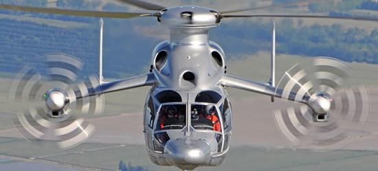 Ostenta el récord de velocidad de un helicóptero con 472 Km/h