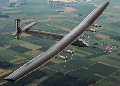 El Solar Impulse 2, hoy durante el vuelo inaugural