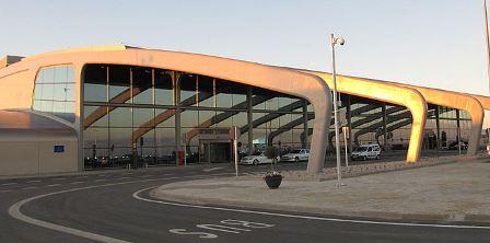 Edificio terminal de Aeropuerto de León