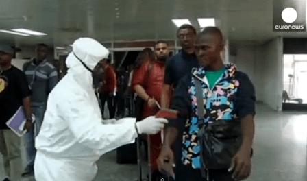 Control de pasajeros en un aeropuerto de Nigeria / Foto: Vídeo Euronews