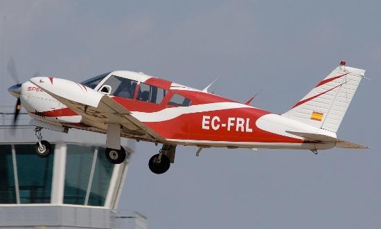 El avión siniestrado, en eero de 2009 despegando del Aeropuerto de Sabadell / Foto: JFG