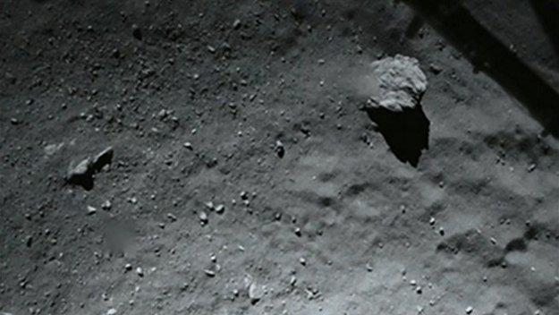 Detalle de la superficie del comete 67P, fotografiada desde 40 metros de altura por Philae / ESA