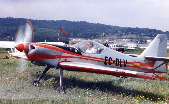 El Zlin 50L (EC-DLV) aparece en el vídeo. Esta foto se tomó en 1999 en el aeropuerto de Sabadell / JFG - Aerotendencias.com