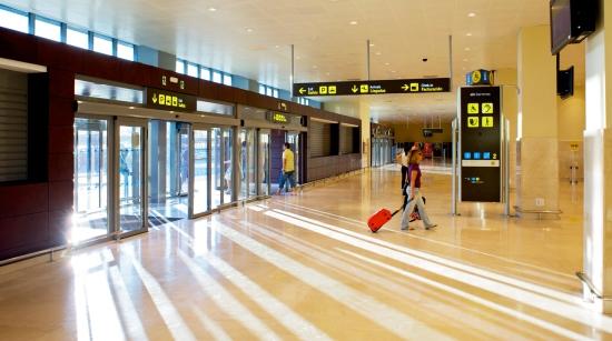 Terminal del aeropuerto de Badajoz / Aena