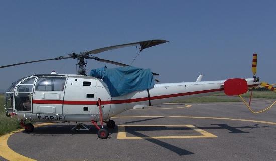 El helicóptero siniestrado, en el aeropuerto de Perpignan (Francia) en junio de 2005/ Foto: Xavier Pou