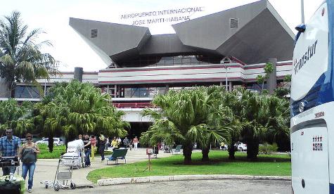 Aeropuerto Internacional José Martí de La Habana / Wikipedia