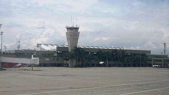 Aeropuerto Internacional de Cali / Wikipedia