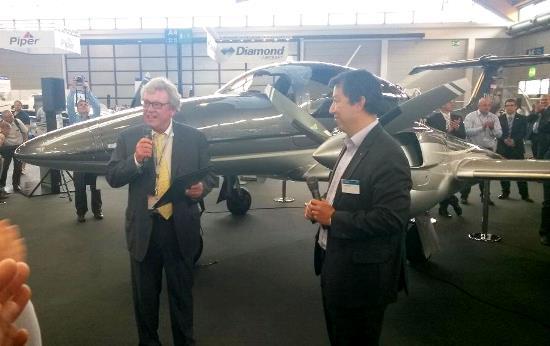 Christian Dries y Patrick Ky, en Aero Friedrichshafen