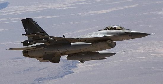 f-16_barragan3