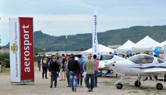 Aerosport, punto de encuentro de profesionales de la aviación deportiva y aficionados a la aviación