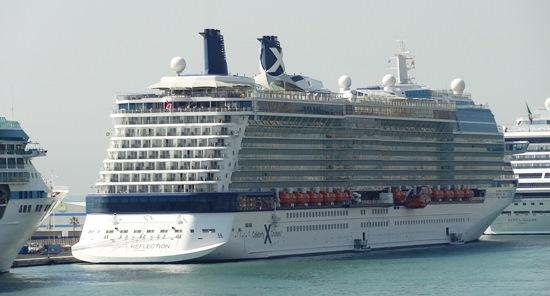 Un crucero, en el Puerto de Barcelona en mayo de 2014 / JFG
