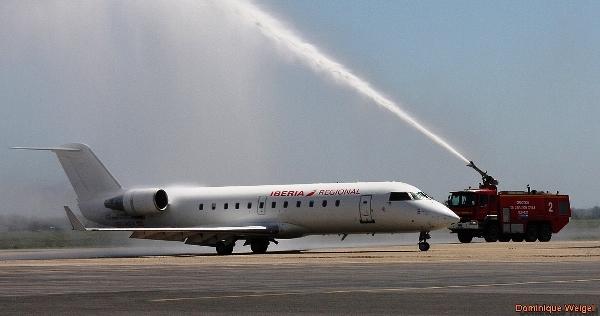 El CRJ-200 de Iberia Regional, el miérciles 6 de mayo en el aeropuerto de Perpignan / Foro: Dominique Weigel