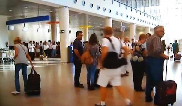 Pasajeros en el Aeropuerto de Castellón