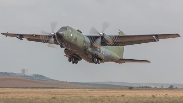 Aterrizaje en Ablitas del Transalll C-160