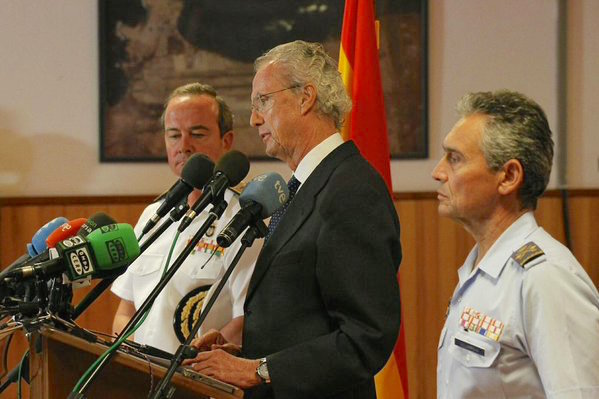 El ministro Pedro Morenés comunica la trágica noticia / Ministerio de Defensa