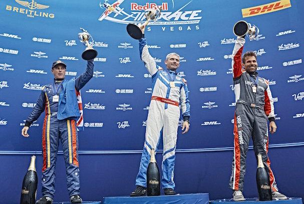 Matt Hall, Paul Bonhomme y Hannes Arch formaron el podio de Las Vegas