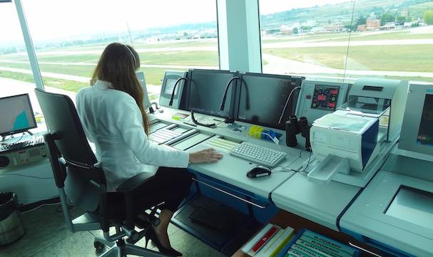 Una controlara, hoy en la torre de Sabadell / JFG
