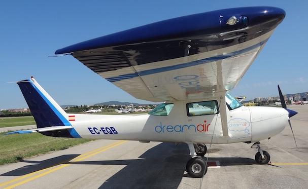 Cessna 150M de Dreamair