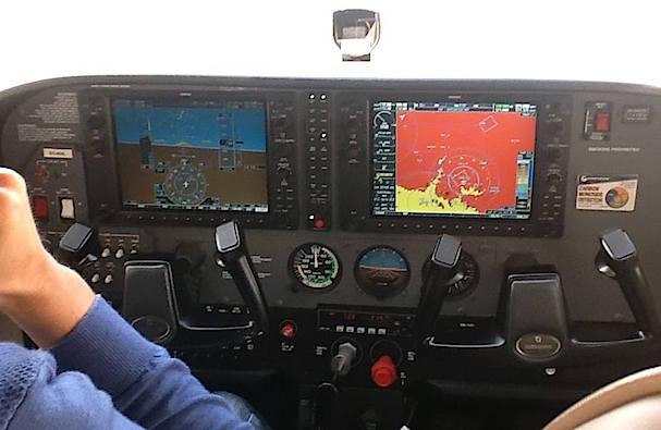 Equipa aviónica digital Garmin G1000